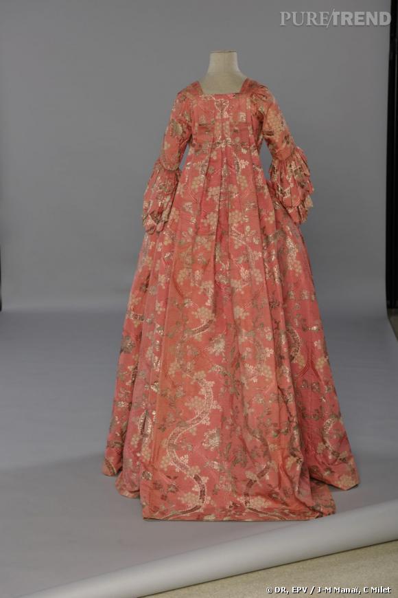 BrochéLames Robe Soie À De Vers 1750 Cannetillé Française 1755 La oeErCBWdQx