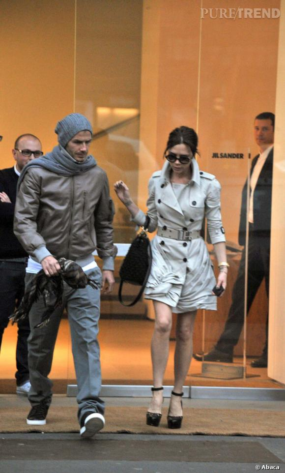 Le top rue 2 : cool et trendy, David Beckham a sorti le cuir et son bonnet en grosse maille. Sexy sous son pull.