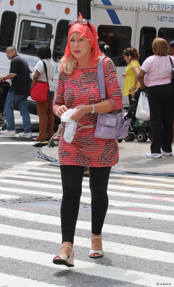 """Helen Mirren, une actrice au style en perdition sur le tournage de """"Phil Spector""""."""