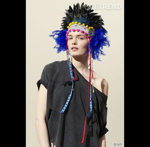 Je veux un headband hype pour la rentrée ! Wakatépé baboun à shopper chez Urban Outfitter . Prix : 90 euros
