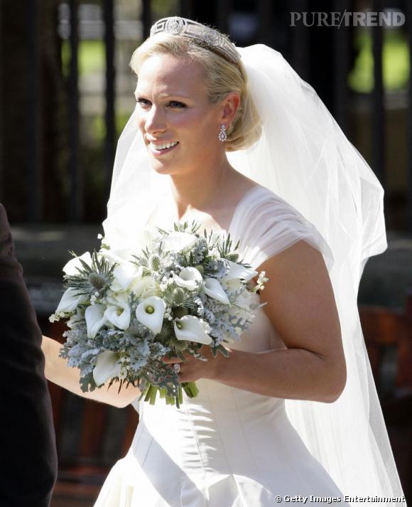 30 juillet 2011 : Zara Phillips, petite-fille d'Elizabeth II, se marie avec Mike Tindall.