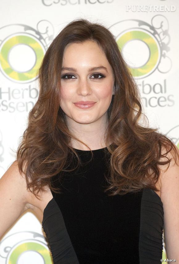 leighton meester opte pour une coloration brun naturel tirant sur le chocolat - Coloration Brun Chocolat