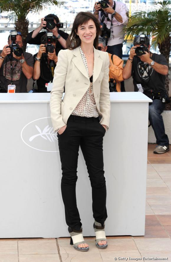 Charlotte Gainsbourg en Balenciaga au festival de Cannes en 2010.