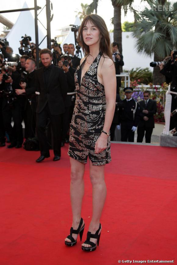 Charlotte Gainsbourg en Balenciaga au festival de Cannes de 2009.