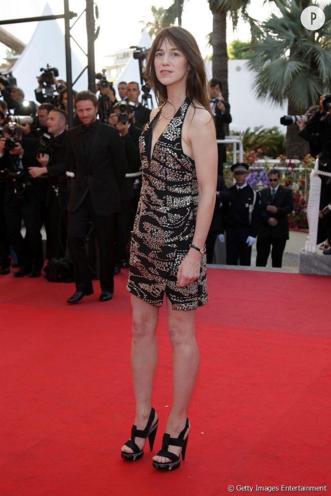 Charlotte Gainsbourg en Balenciaga au festival de Cannes ...