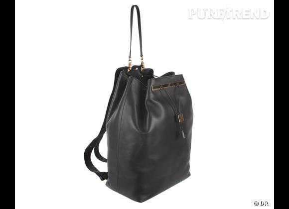 Wanted : les sacs The Row des soeurs Olsen !    Modèle : sac à dos   Prix : 2900 €.  A shopper sur  www.colette.fr