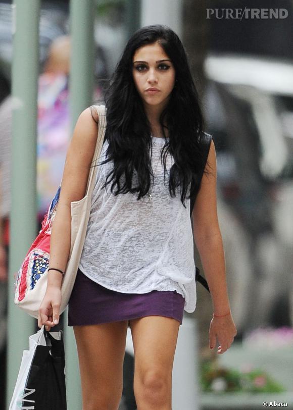 Lourdes Leon dans les rues de New York.