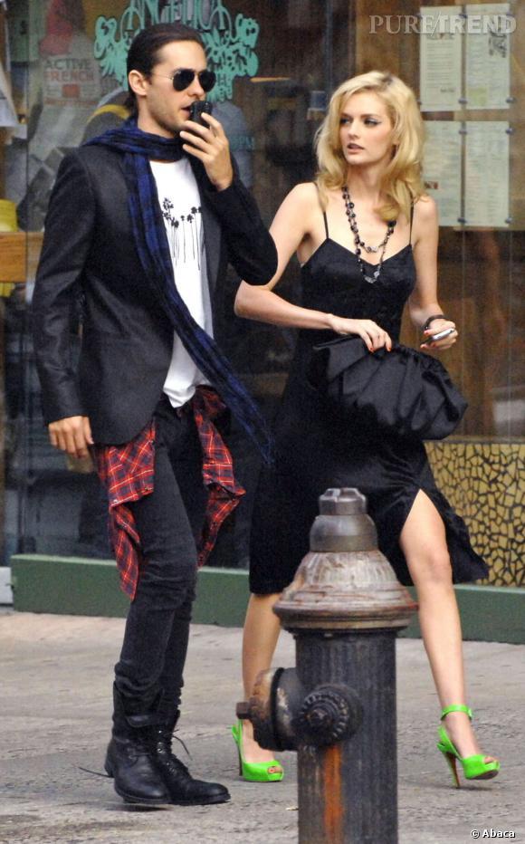 En 2008, chose très rare, l'acteur s'affiche avec sa nouvelle dulcinée qui n'est autre que le top et héritière Lydia Hearst.