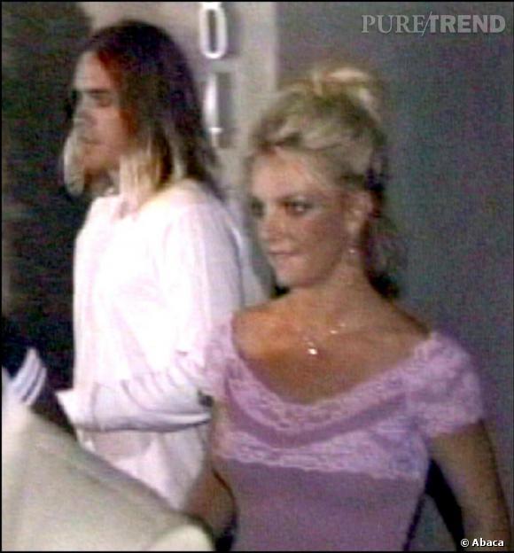 En 2003, on murmure que l'acteur aurait craqué pour Britney Spears... S'ils n'ont pas confirmé, leurs rendez-vous ont fait le miel des photographes.