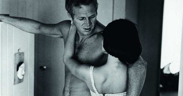 Steve mcqueen and wife neile at home tirage baryt 233 courtesy galerie