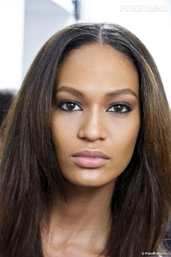 Découvrez nos conseils et astuces beauté dans notre mode d'emploi maquillage peau noire.