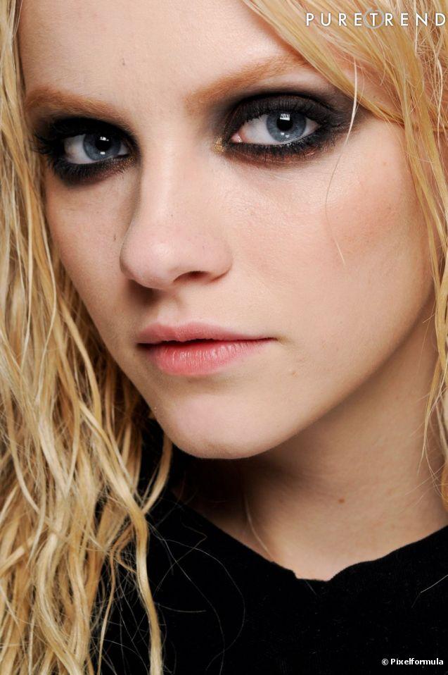 Eyeliner : les secrets d'un regard de star