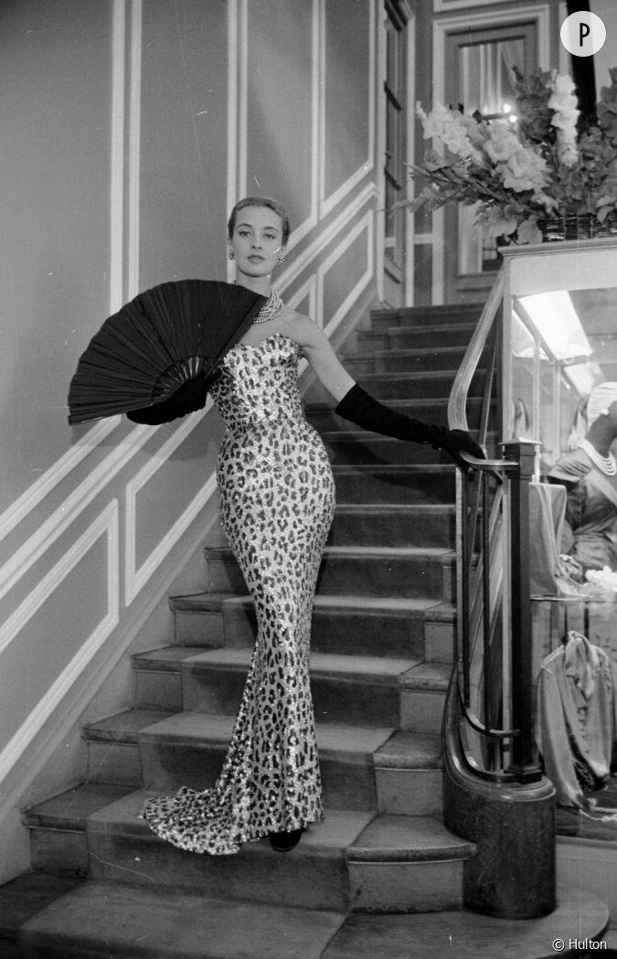 29 Ao T 1953 Robe De Soir E Imprim L Opard De La Collection Automne Hiver