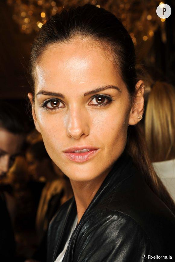 Sublimez votre visage hâlé grâce à nos conseils spécial maquillage teint mat.