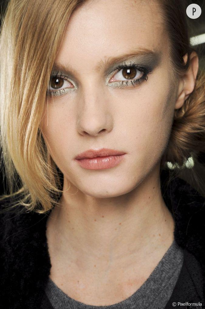 Pour Les F Tes Adoptez Un Maquillage Yeux Marron