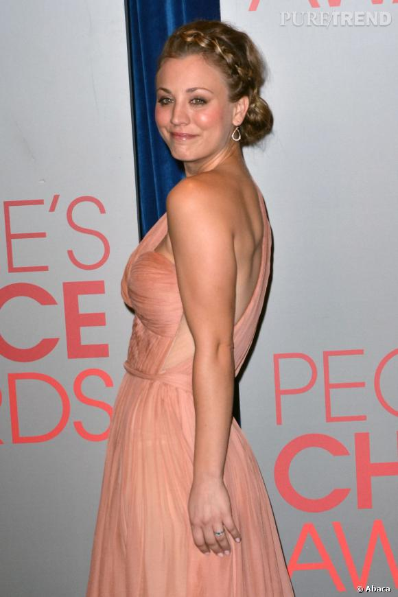 Kaley Cuoco aux nominations des People's Choice Awards 2012.