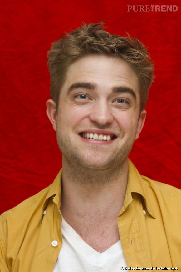 Le pire sourire forcé : même si on aime beaucoup l'acteur il faut avouer que là, on n'y croit pas.