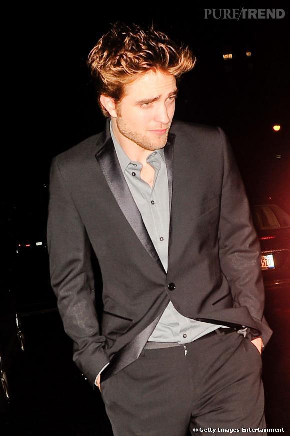 """La meilleure photo """"flash dans la figure"""" : Robert Pattinson, ou comment rester beau gosse sous le feu des projecteurs..."""