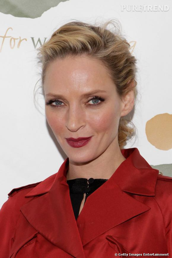 Uma Thurman au Women for Women International Gala à New York.
