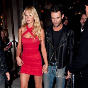 Anne V et Adam Levine à l'after party du défilé Victoria's Secret 2011.