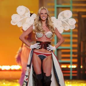 Anne lors du dernier défilé Victoria's Secret.