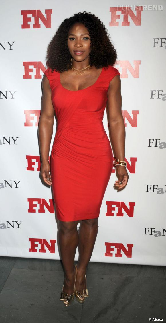 Serena Williams lors de la soirée des Footwear News Achievement Awards à New York.