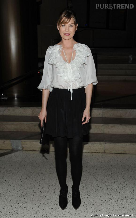Même la jolie Ellen Pompeo succombe à la tentation The Row avec une légère jupe sobre.