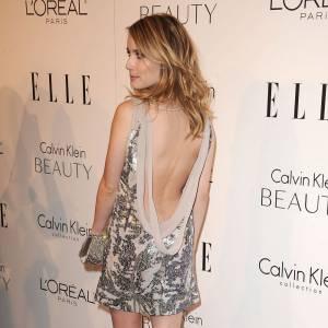 Même Emma Roberts joue la carte du sexy.