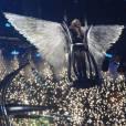 Pour le final du concert, Britney Spears était un ange habillé de noir.