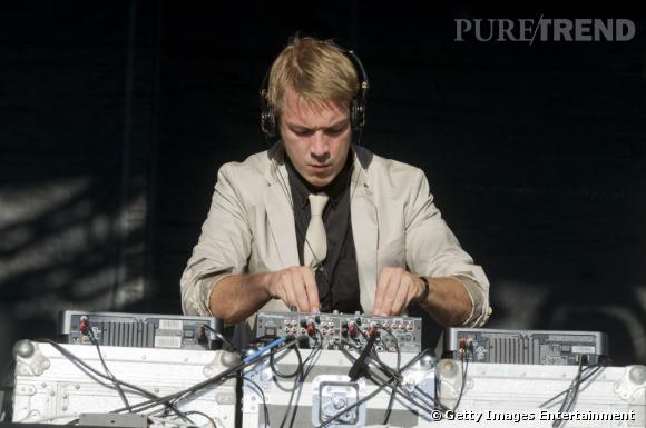 Nom  : Diplo alias Wesley Pentz.    CV  : Dj, musicien et producteur, l'Américain est un touche à tout. Il surfe sur tous les style, de la house à la K-Pop.