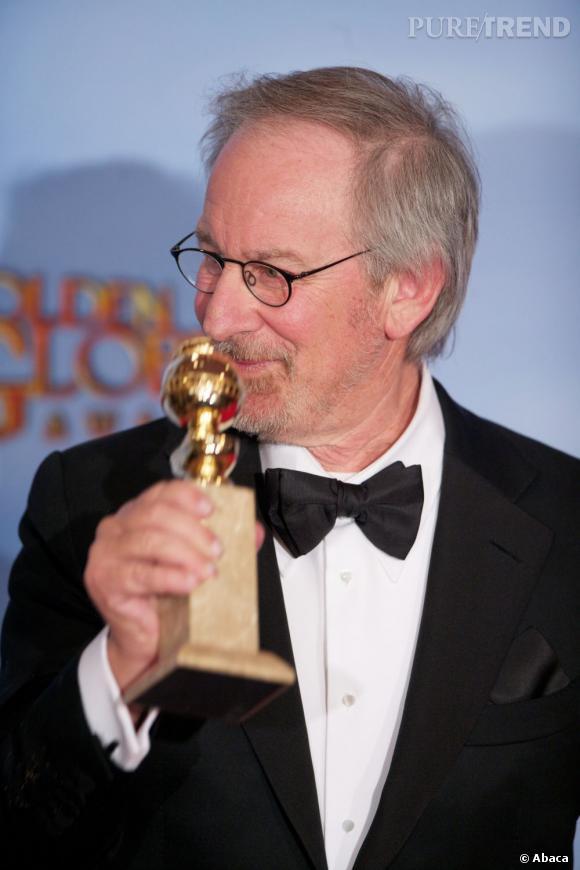 """Steven Spielberg gagne le prix du meilleur film d'animation pour """"Tintin""""."""