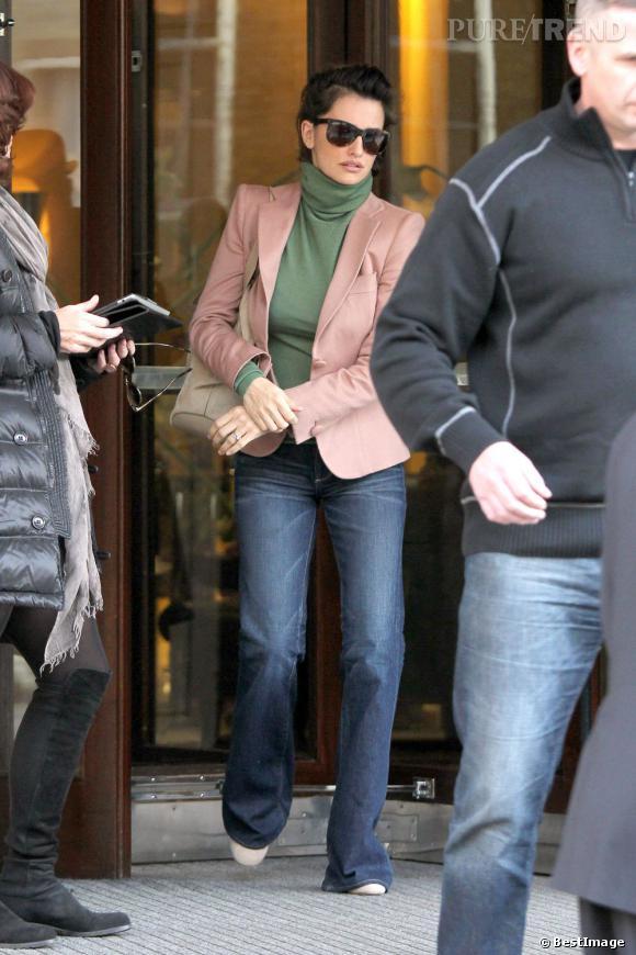 """Penelope Cruz prend quelques jours de repos après le tournage du film """"Venuto Al Mondo""""."""