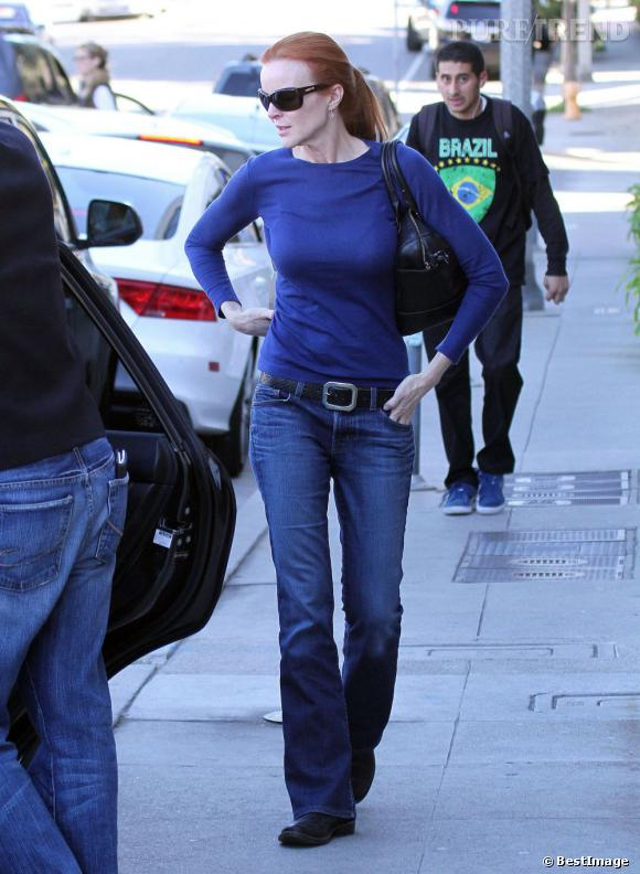 Marcia Cross dans les rues de Los Angeles.