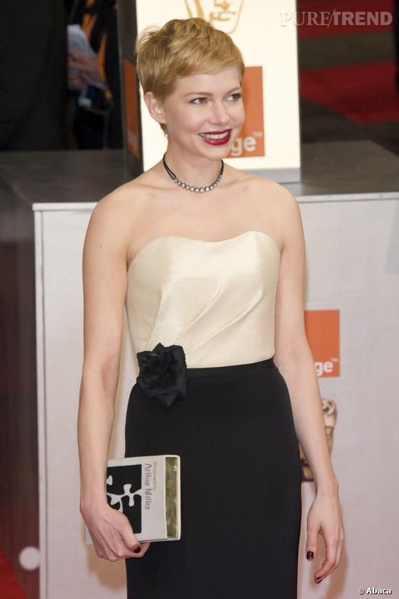 Michelle Williams à la cérémonie des BAFTA 2012 à Londres.