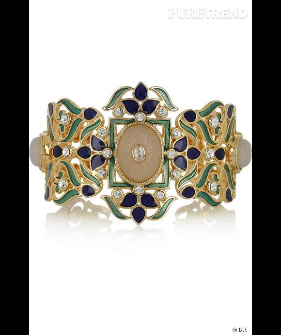 Bracelet Isharya  Bracelet en plaqué or, zirconium, calcédonites blanches, émails bleu et vert. Prix : 358€