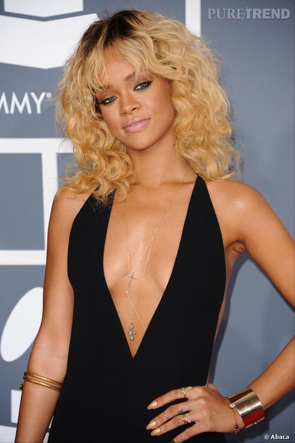 Rihanna était rayonnante jusqu'au bout des ongles aux Grammy Awards.