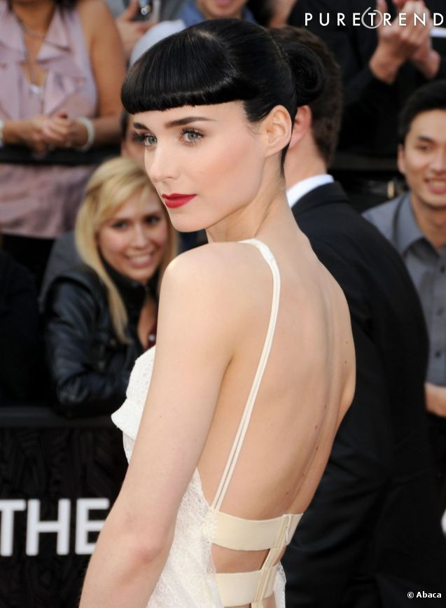 http://static1.puretrend.com/articles/0/62/75/0/@/677986-rooney-mara-aux-oscars-2012-637x0-3.jpg