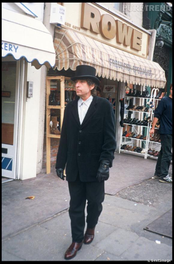 En 1993 Bob Dylan apparaît dans le quartier de Candem toujours fidèle à son chapeau haut de forme d'antan.