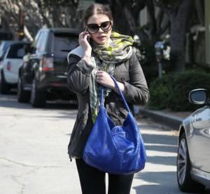 Michelle Trachtenberg craque pour le croco