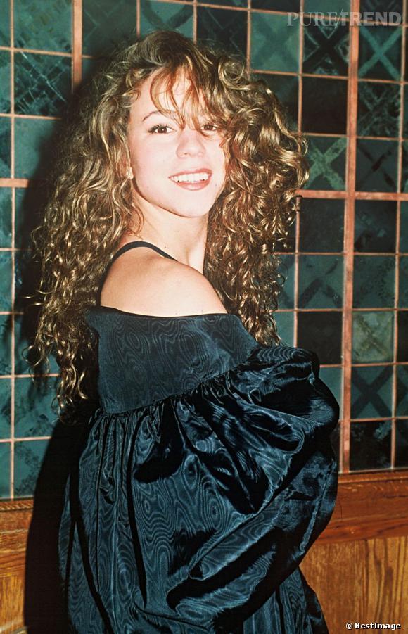1990 : Mariah Carey sort son premier album. Rien ne prédestinait la diva à un avenir de poupée girly.