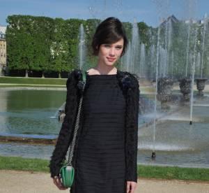 Astrid Berges-Frisbey, audace à la française... A shopper !