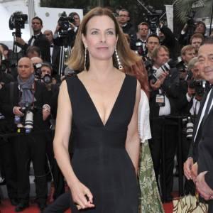 """Carole Bouquet le 21 mai lors de la montée des marches du nouveau film d'Alain Resnais, """"Vous n'avez encore rien vu""""."""