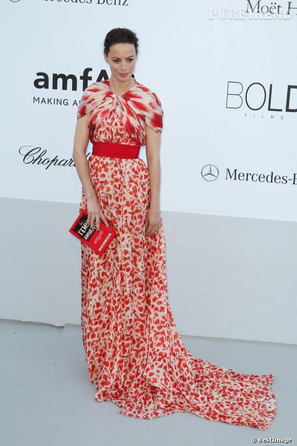 Bérénice Bejo à la soirée AmfAR le 24 mai.