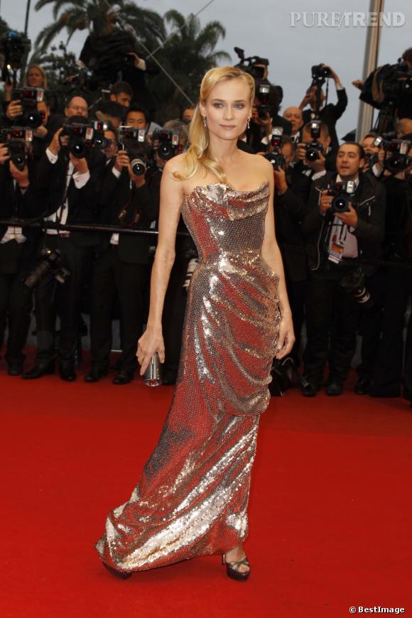 """Diane Kruger, une sirène en sequins signée Vivienne Westwood lors de la montée des marches du film """"Amour""""."""