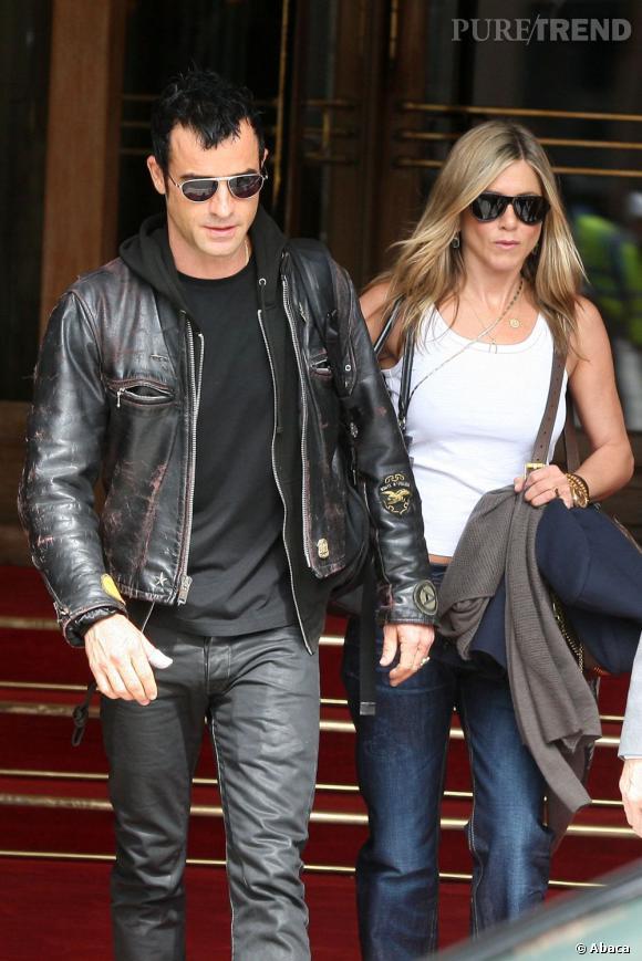 Jennifer Aniston et Justin Theroux quittent Paris pour Rome.