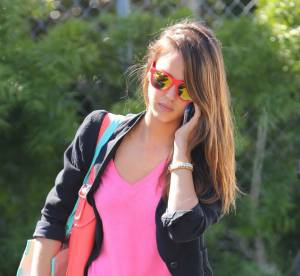 Jessica Alba vs Miranda Kerr : le pantalon imprimé léopard Current Elliott