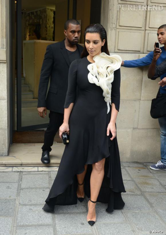 Kim Kardashian crée la surprise.