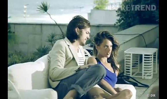 Alessandra Ambrosio et Ashton Kutcher pour Colcci.