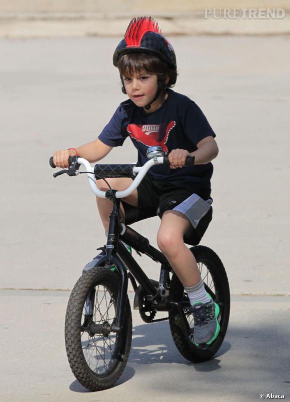 Qui ?  Kingston, le fils aîné de Gwen Stefani    Catégorie ?  Vélo, une valeur sûre.