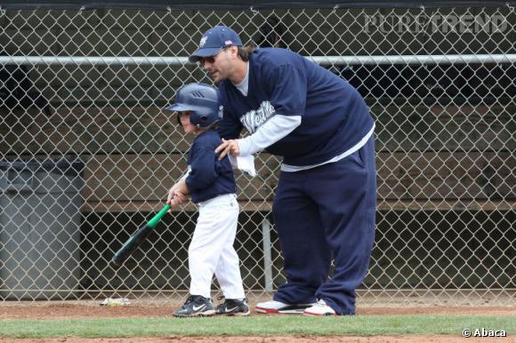 Qui ?  Sean Preston, le fils de Britney Spears et Kevin Federline.   Catégorie  ? Baseball, un peu de concurrence contre le fils de Reese Witherspoon.